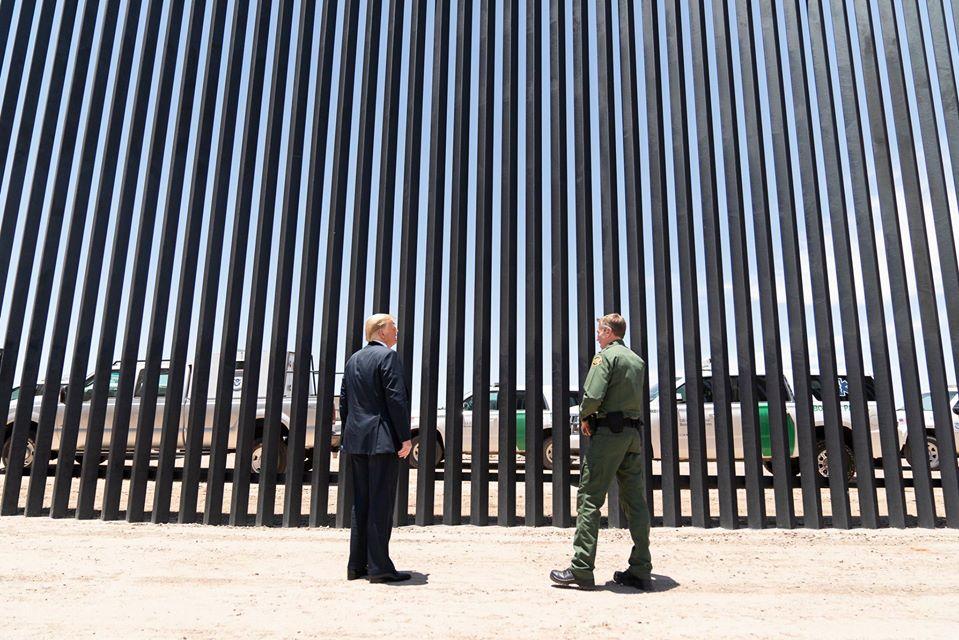 SAD: Vrhovni sud odbio zaustaviti Trumpovu izgradnju zida na granici