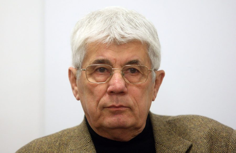 Umro osnivač HDZ-a novinar i političar Milovan Šibl