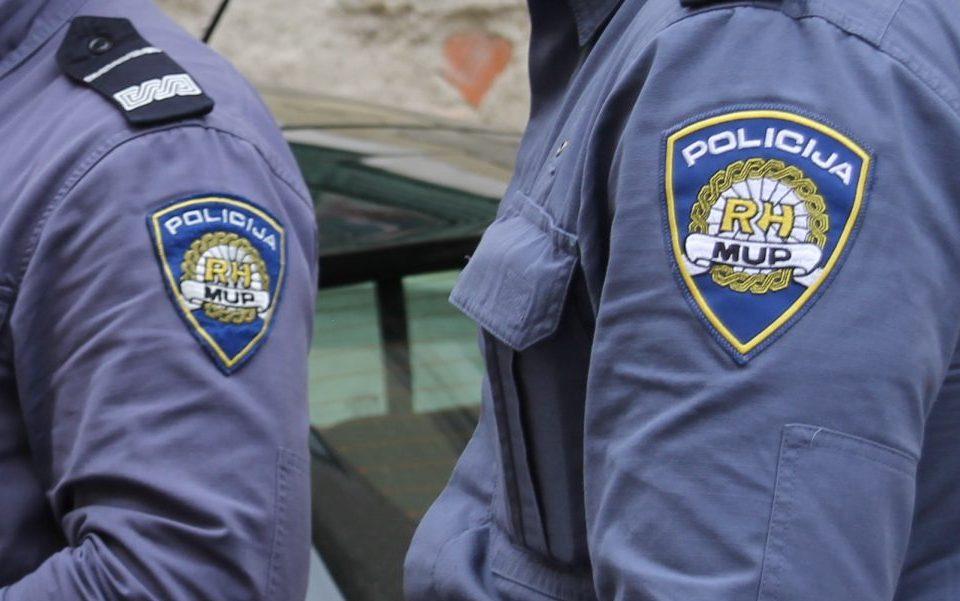 SRAMOTA HRVATSKE POLICIJE: Dvojica policajaca optuženi zbog nasilja nad migrantom