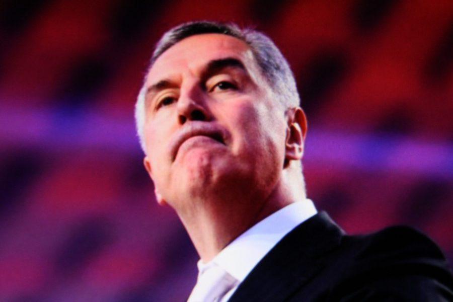 Preliminarni rezultati govore da je Milo Đukanović u Crnoj Gori izgubio vlast nakon tri desetljeća