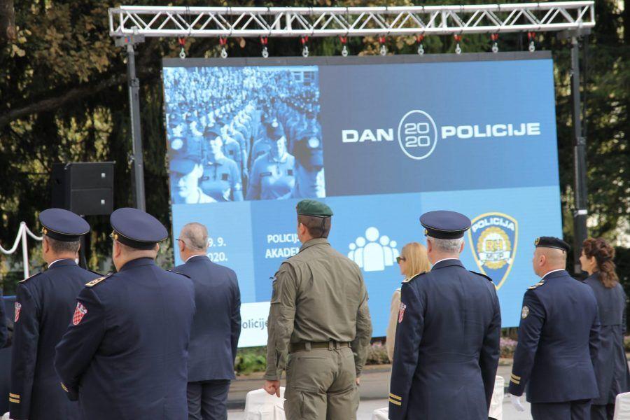 (FOTO i VIDEO) Drage policajke i policajci, sretan vam vaš dan i blagdan Svetog Mihovila