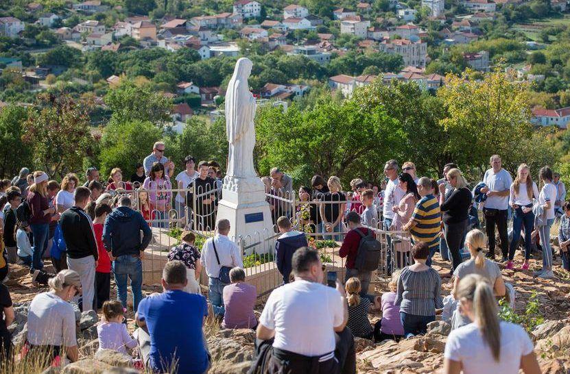MEĐUGORJE BRDO UKAZANJA: Milijun djece molitvom krunice pokazalo koliko stoje uz svoju Nebesku Majku