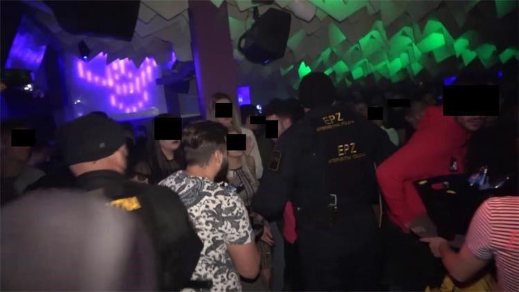 (FOTO i VIDEO) RACIJA ZAGREBAČKE POLICIJE: Zatvoreni ugostiteljski objekti na području Maksimira na Sveticama, u noćnom baru zatečen pozitivan mladić