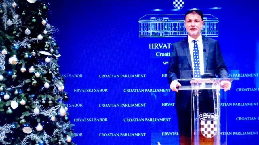Predsjednik Sabora Jandroković građanima čestitao Božić: Neka vaše domove ispuni obilje vjere, ljubavi, životne radosti i osjećaja nade