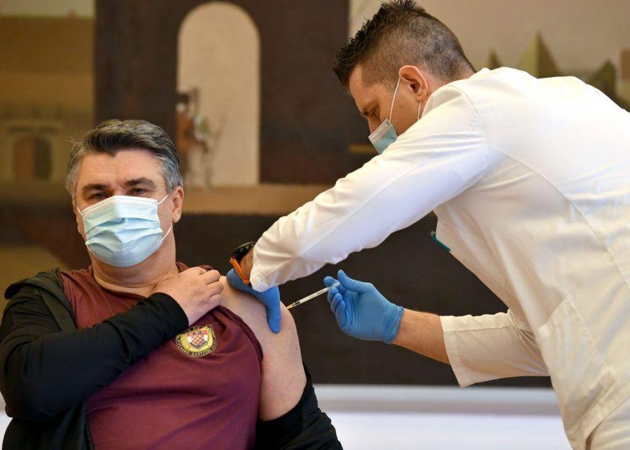 """Predsjednik Milanović javno se cijepio i pozvao građane da se cijepe: """"cjepivo nije napravljeno napamet"""""""