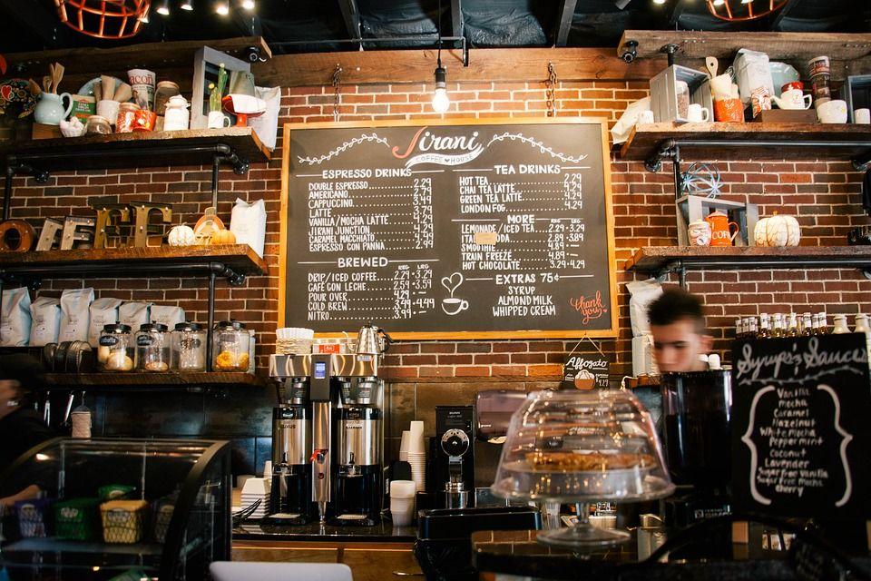 Nacionalni stožer produžio zabrane okupljanja i rada kafića do kraja siječnja