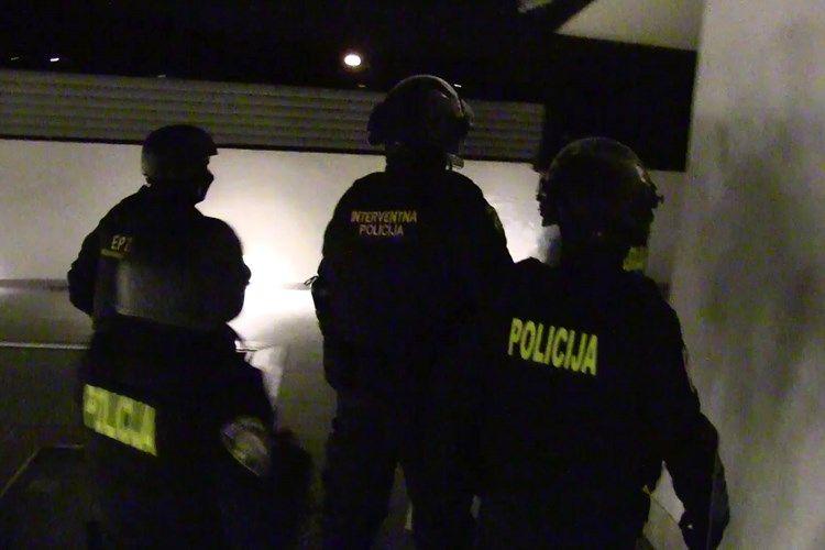 (VIDEO) PALA ZLOČINAČKA Dubrovačka policija razbila lanac krijumčara kokaina: skupina zaradila oko 32 milijuna kuna