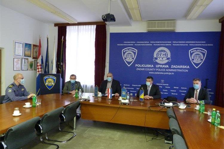 """Šefovi graničnih policija Hrvatske i Bosne i Hercegovine: """"Traže se načini dodatne suradnje na području nezakonitih migracija"""""""