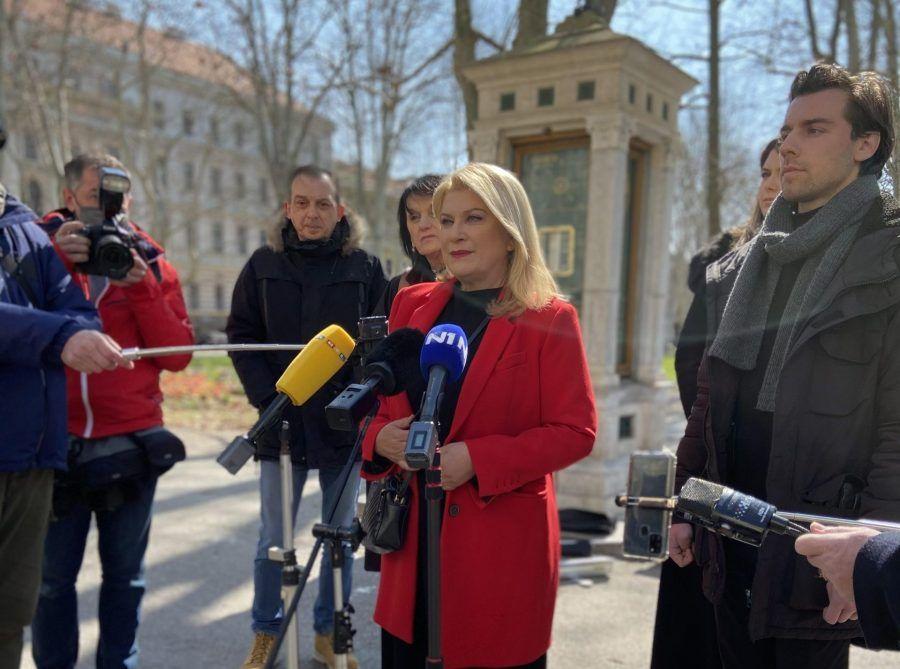 Škare Ožbolt nezadovoljna brzinom obnove Zagreba: 365 dana propuštenih prilika za obnovu