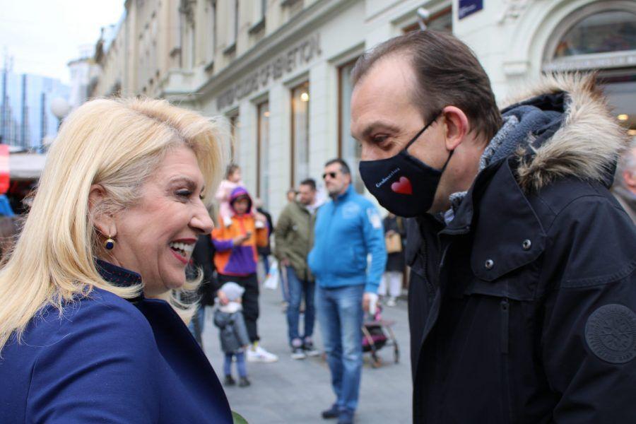 Voditelj kampanje Škare Ožbolt istupio iz HDZ-a, optužio stranku za korupciju u Zagrebu; HDZ: Šimunović je već isključen iz članstva, i to zbog kršenja etičkog kodeksa