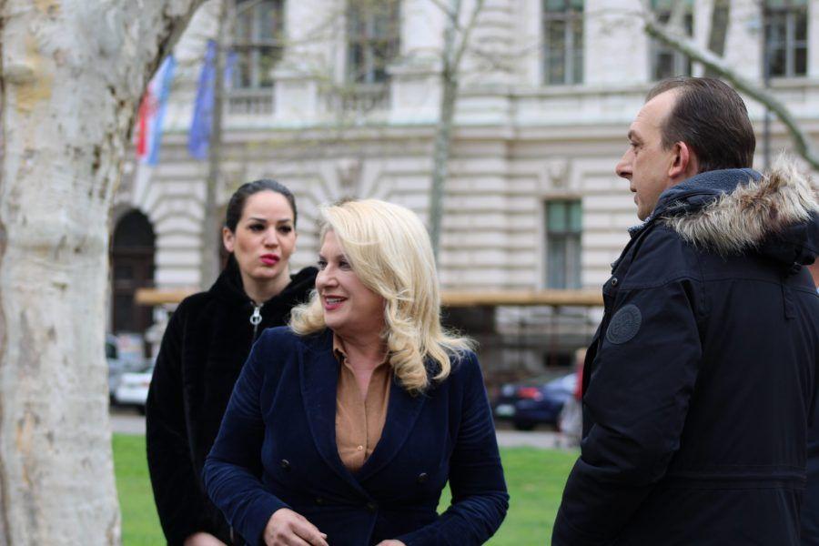 """Škare Ožbolt prozvala Bajrića za ovisnost o Pavičić Vukičević: """"Vijeće romske nacionalne manjine, oteto, ucijenjeno ili zarobljeno"""""""