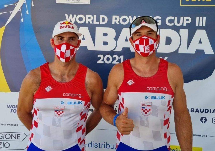 NEZAUSTAVLJIV DVOJAC Braća Sinković u polufinalu Svjetskog veslačkog kupa