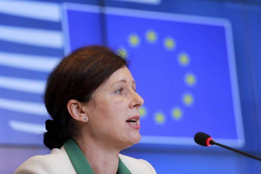 EK traži od Poljske da poštuje odluke Suda EU-a i prijeti financijskim sankcijama