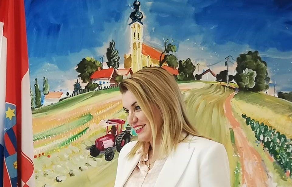 """Ministrica Brnjac: Apeliram na sve građane, turističke djelatnike, turiste i ugostitelje – """"Cijepite se!"""""""