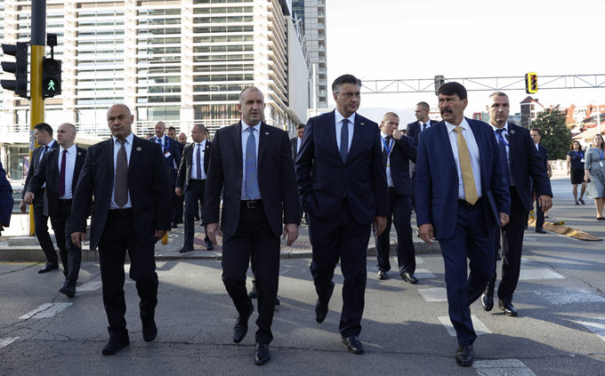 """Plenković: """"LNG terminalom Hrvatska se utisnula na energetsku kartu Europe i svijeta"""""""