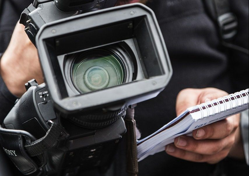 EK zabrinuta zbog tužbi protiv hrvatskih novinara i sumnji u neovisnost AEM
