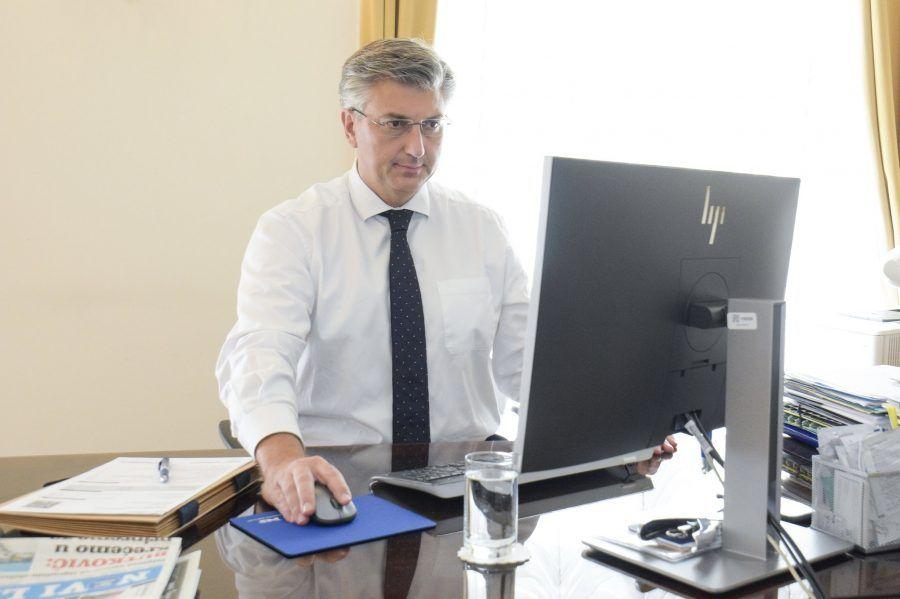 """JEDNOSTAVNO I BRZO Plenković pozvao građane da se samopopišu u Popis stanovništva 2021.: """"Upravo sam dovršio popisivanje svoje obitelji preko sustava e-Građani"""""""