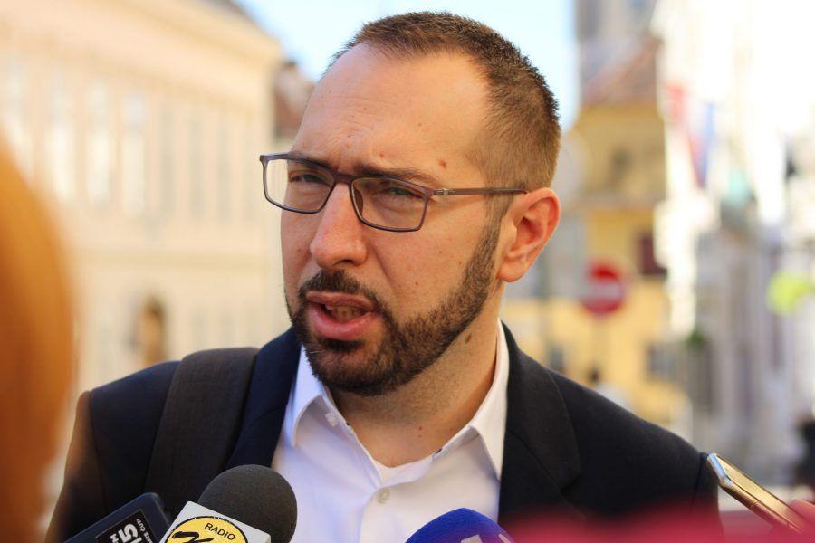 """Tomašević o kritikama koje dolaze iz gradskog HDZ-a: """"Isti HDZ koji je bivšem gradonačelniku dao zeleno svjetlo da potroši u predizborno vrijeme 1,1 milijardu kuna"""""""