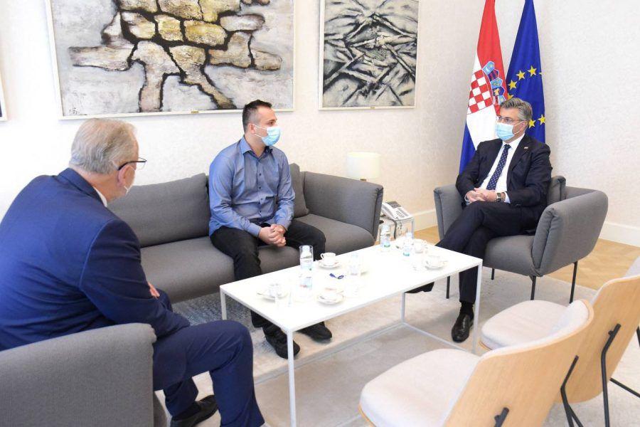 PREMIJER Plenković: Potrebno nam je jedinstvo u borbi protiv svake radikalizacije i nasilja, očekujemo od nadležnih utvrđivanje motiva napada na Banske dvore